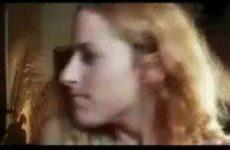 Vreemd filmpje over haar kontje